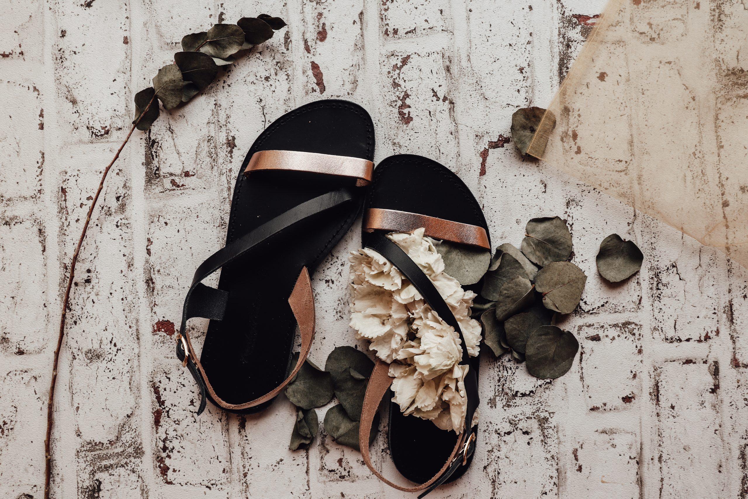 Sandale de damă din piele naturală FUNKY STRIPES, negru