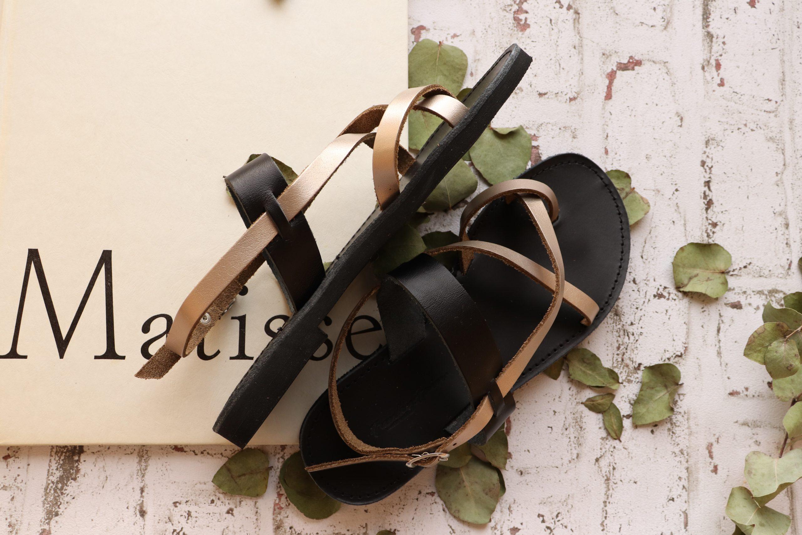 Sandale grecești FUNKY PEOPLE, grej metalic